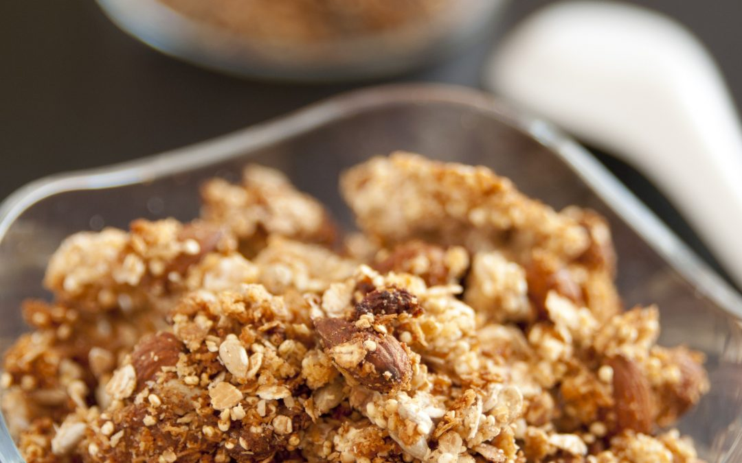 MY HEALTHY HOMEMADE MAPLE NUT GRANOLA
